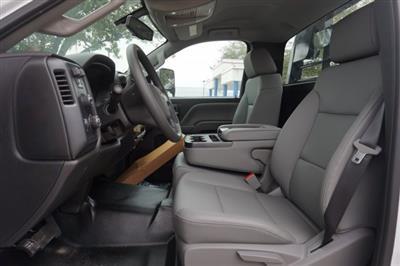 2019 Silverado Medium Duty Regular Cab DRW 4x4, Platform Body #19C1607 - photo 3
