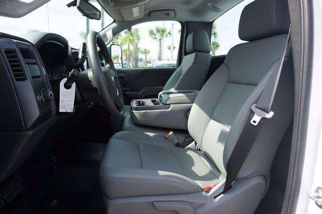 2019 Chevrolet Silverado 4500 Regular Cab DRW RWD, Reading SL Service Body #19C1630 - photo 10