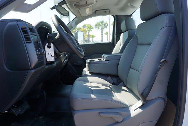 2019 Silverado 4500 Regular Cab DRW 4x2,  Reading SL Service Body #19C1631 - photo 9