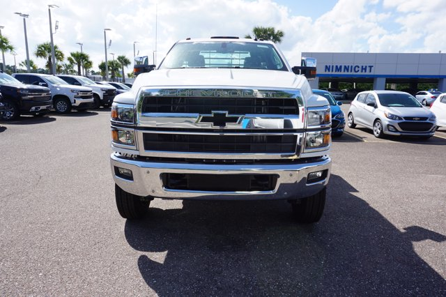 2019 Chevrolet Silverado 4500 Regular Cab DRW 4x4, CM Truck Beds TM Deluxe Platform Body #19C1655 - photo 3