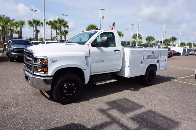 2019 Chevrolet Silverado 4500 Regular Cab DRW RWD, Reading SL Service Body #19C1670 - photo 4