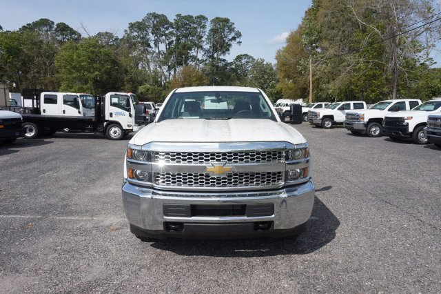 2019 Silverado 2500 Double Cab 4x2,  Reading Service Body #19C348 - photo 4