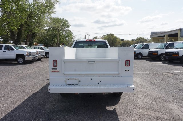 2019 Silverado 2500 Double Cab 4x2,  Reading Service Body #19C348 - photo 8