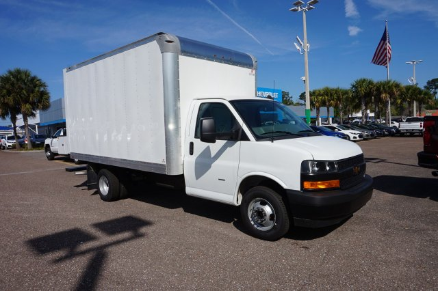 2019 Chevrolet Express 3500 4x2, Supreme Dry Freight #19G107 - photo 1