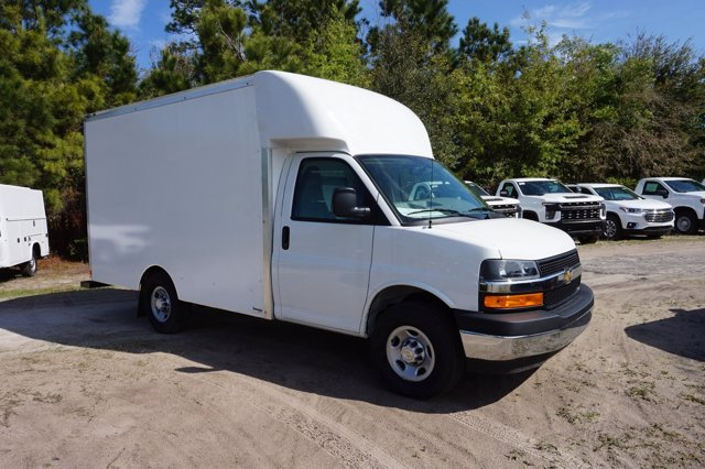 2019 Express 3500 4x2, Supreme Cutaway Van #19G109 - photo 1