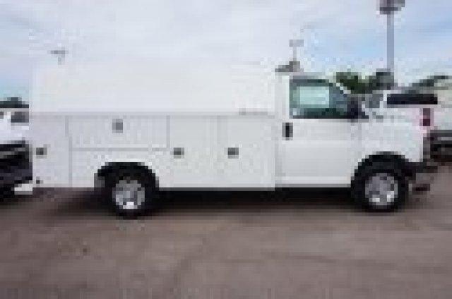 2019 Chevrolet Express 3500 4x2, Service Utility Van #19G111 - photo 1