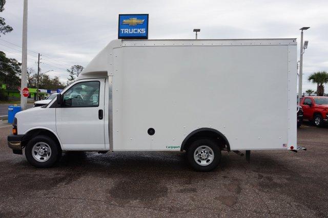 2019 Express 3500 4x2, Rockport Cargoport Cutaway Van #19G96 - photo 7