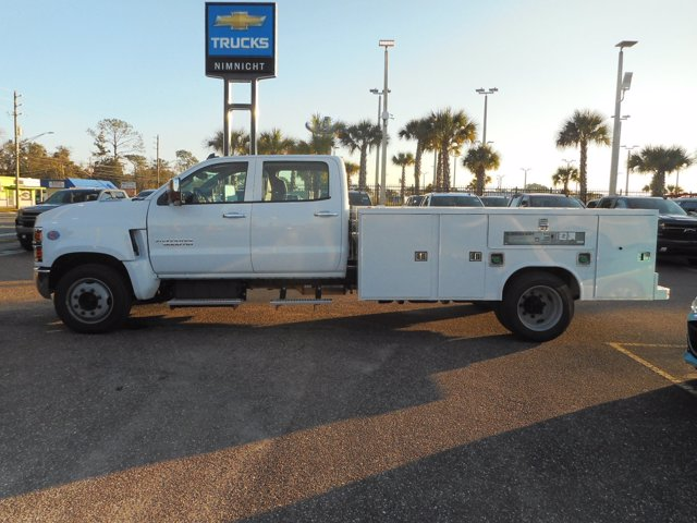 2020 Chevrolet Silverado 5500 Crew Cab DRW 4x2, Reading Service Body #20C611 - photo 3