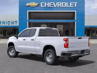 2021 Chevrolet Silverado 1500 Double Cab 4x4, Pickup #21C1081 - photo 2