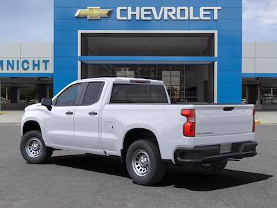 2021 Chevrolet Silverado 1500 Double Cab 4x2, Pickup #21C1115 - photo 2