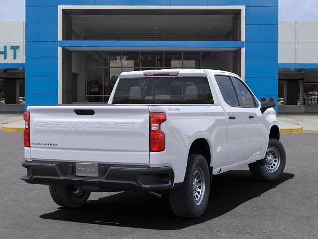 2021 Chevrolet Silverado 1500 Crew Cab 4x4, Pickup #21C561 - photo 2