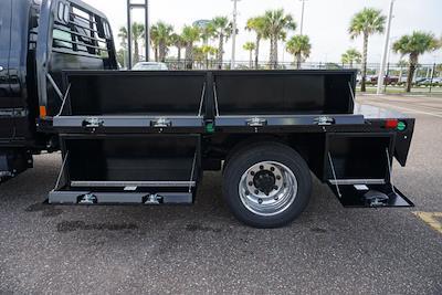 2021 Silverado 4500 Regular Cab DRW 4x2,  CM Truck Beds Platform Body #21C579 - photo 9