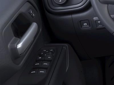 2021 Chevrolet Silverado 2500 Double Cab 4x4, Pickup #21C930 - photo 19