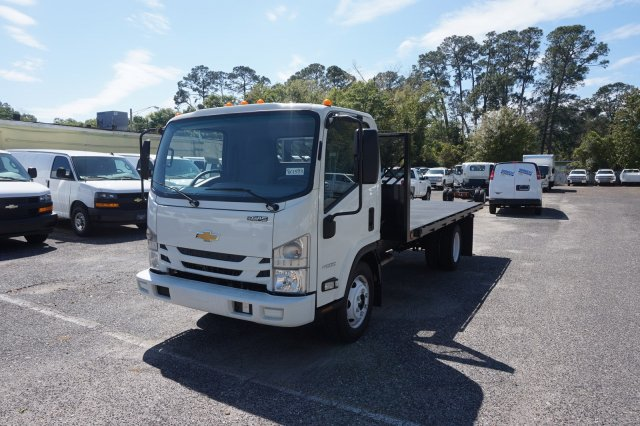 2018 LCF 4500 Regular Cab 4x2,  Cadet Phoenix Platform Body #8C1593 - photo 3