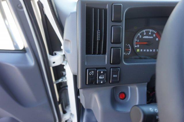 2018 LCF 3500 Crew Cab 4x2,  Rockport Dovetail Landscape #8C1624 - photo 16