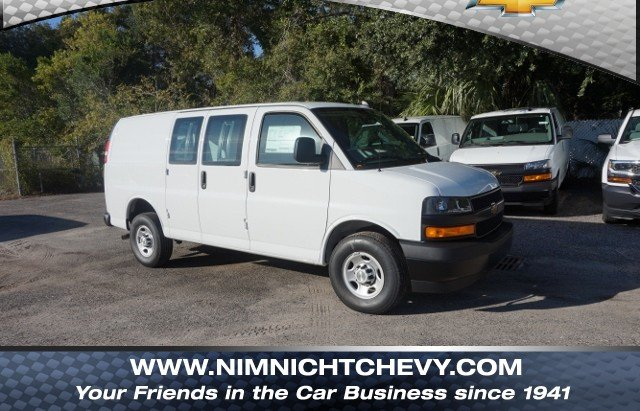 2018 Express 2500 4x2,  Empty Cargo Van #8G108 - photo 1