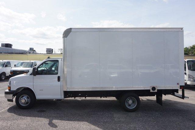 2018 Express 3500 4x2,  Rockport Cutaway Van #8G120 - photo 10