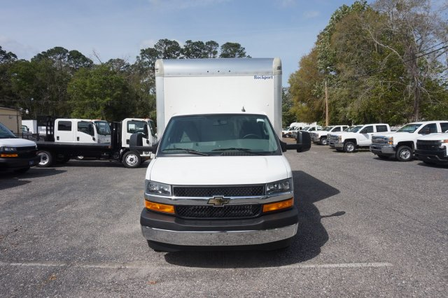 2018 Express 3500 4x2,  Rockport Cutaway Van #8G120 - photo 4