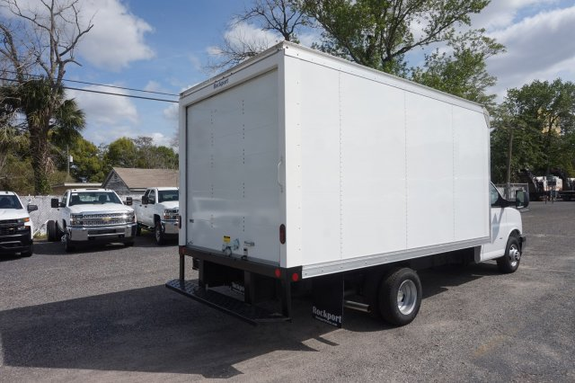 2018 Express 3500 4x2,  Rockport Cutaway Van #8G120 - photo 2