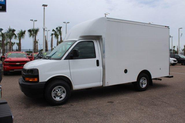 2018 Express 3500 4x2,  Supreme Spartan Cargo Cutaway Van #8G30 - photo 4