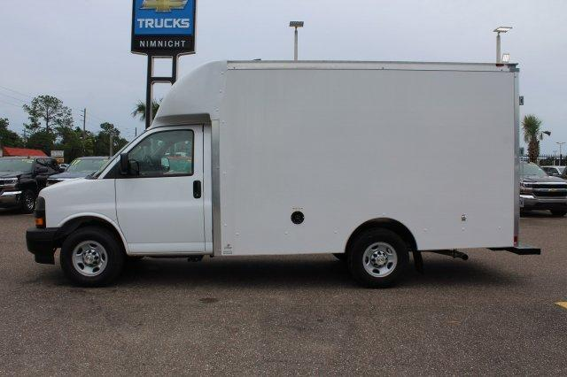 2018 Express 3500 4x2,  Supreme Cutaway Van #8G30 - photo 8