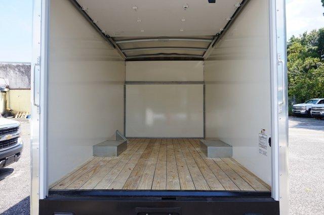 2018 Express 3500 4x2,  Supreme Cutaway Van #8G45 - photo 6