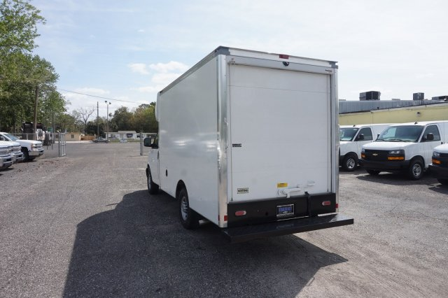 2018 Express 3500 4x2,  Supreme Cutaway Van #8G51 - photo 1