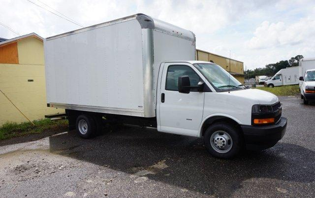 2018 Express 3500 4x2,  Supreme Cutaway Van #8G58 - photo 6