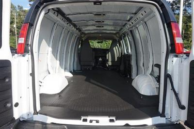 2018 Express 2500 4x2,  Empty Cargo Van #8G76 - photo 2