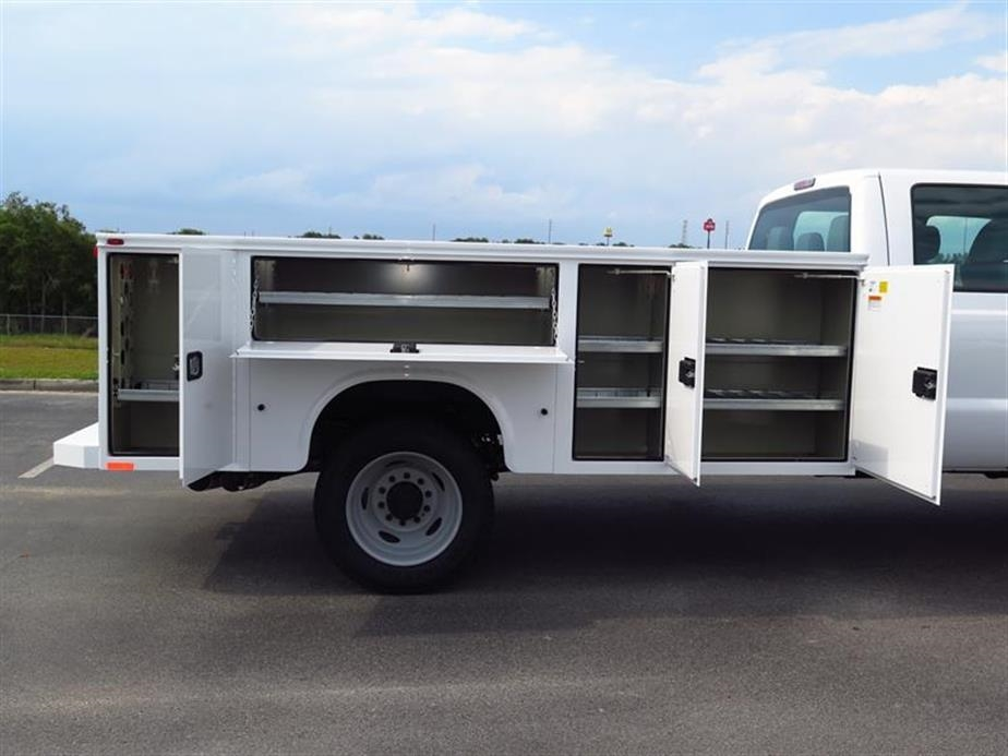 2016 F-550 Crew Cab DRW, Knapheide Service Body #13678 - photo 4