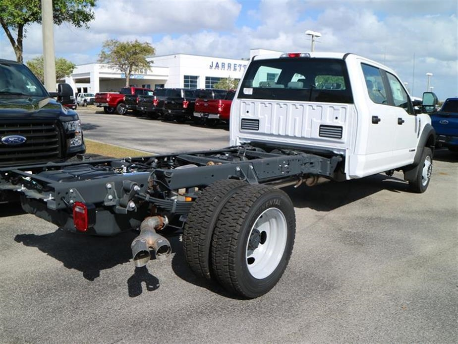 2017 F-550 Crew Cab DRW 4x4, Cab Chassis #14216 - photo 2