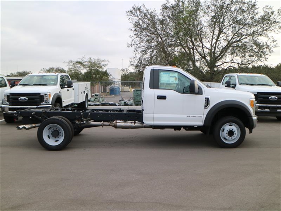 2017 F-450 Regular Cab DRW, Cab Chassis #14645 - photo 3