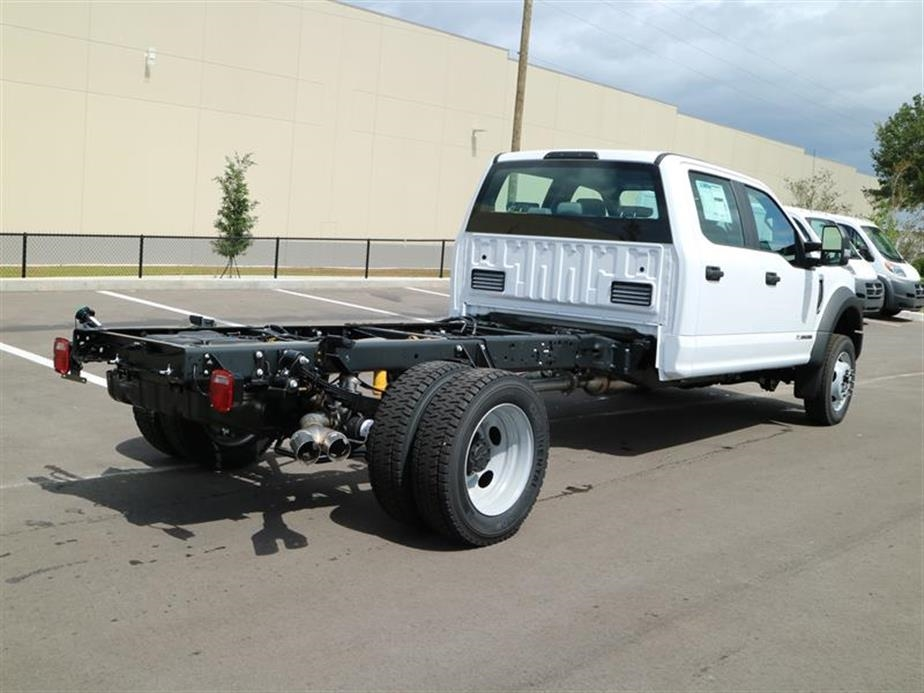 2017 F-450 Crew Cab DRW 4x4, Cab Chassis #15529 - photo 2