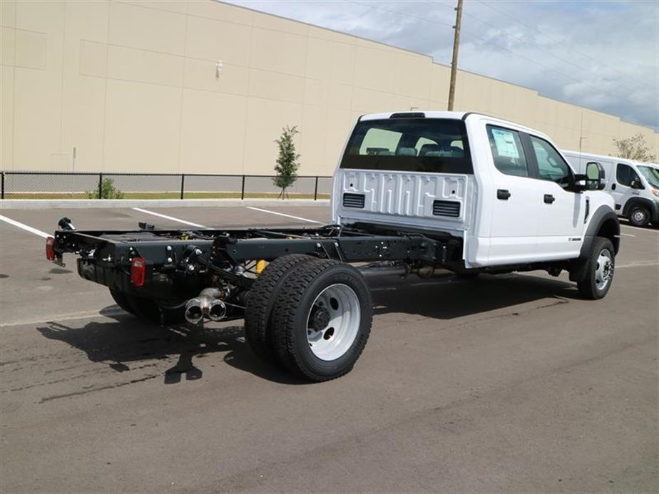 2017 F-450 Crew Cab DRW 4x4, Cab Chassis #15530 - photo 2
