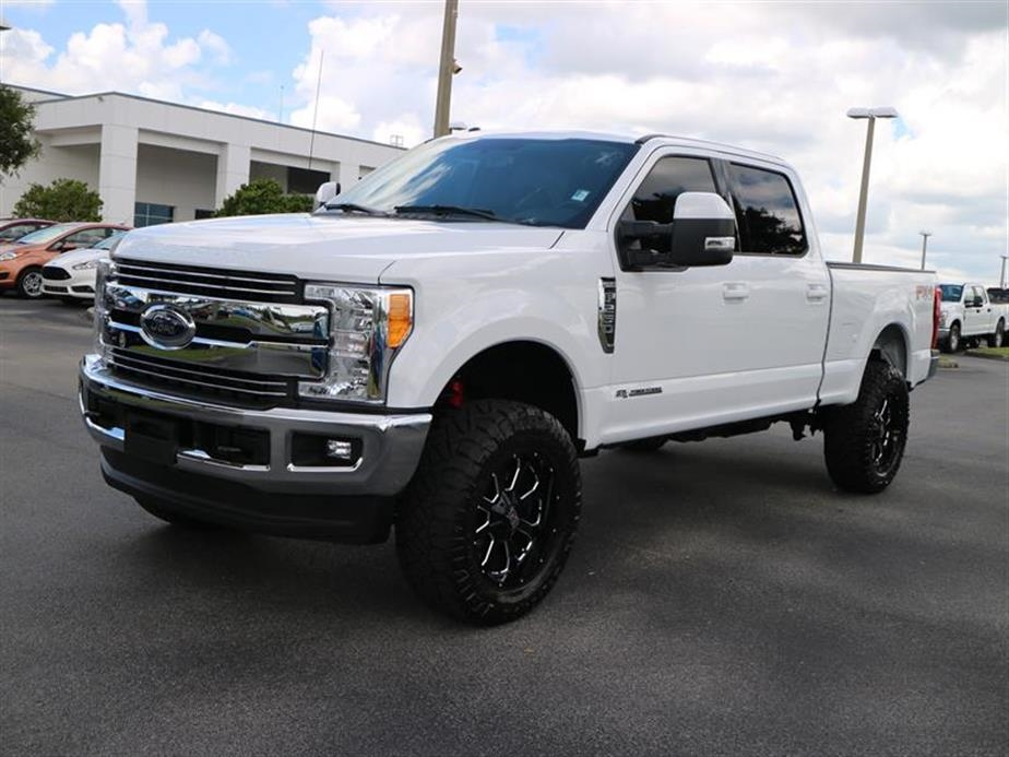 2017 F-250 Crew Cab 4x4, Pickup #15534A - photo 4