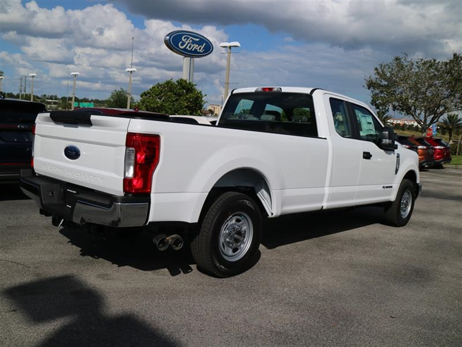 2017 F-250 Super Cab Pickup #16404 - photo 2