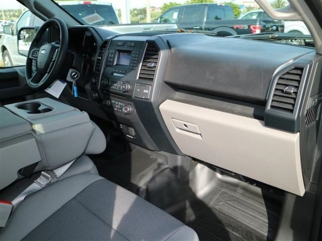 2018 F-150 Super Cab 4x2,  Pickup #16420 - photo 5