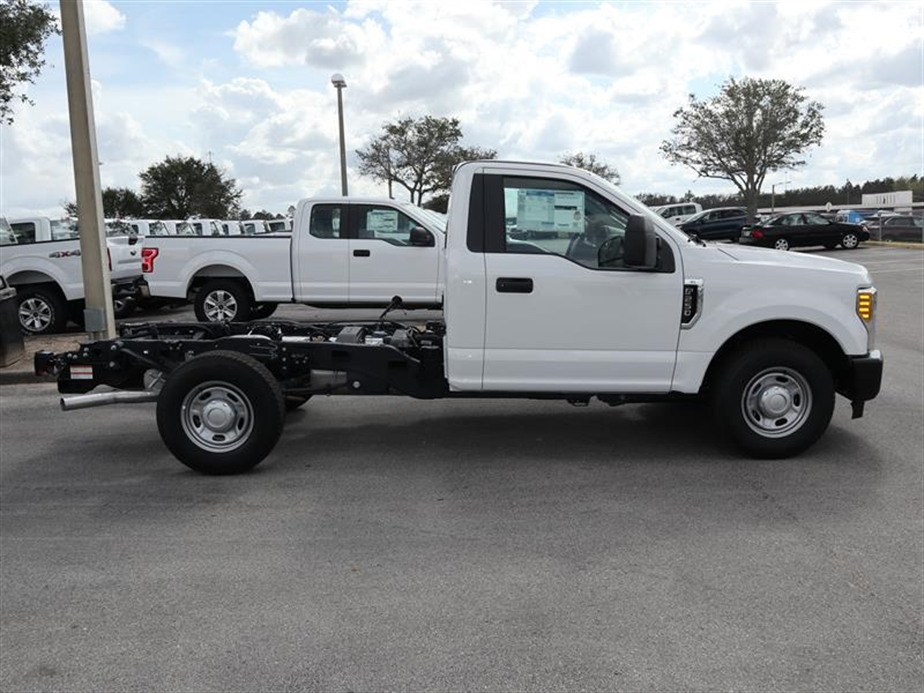 2017 F-250 Regular Cab, Cab Chassis #18746 - photo 3