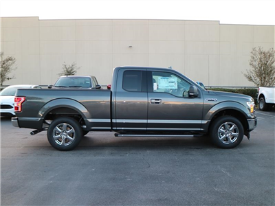 2018 F-150 Super Cab, Pickup #18827 - photo 3