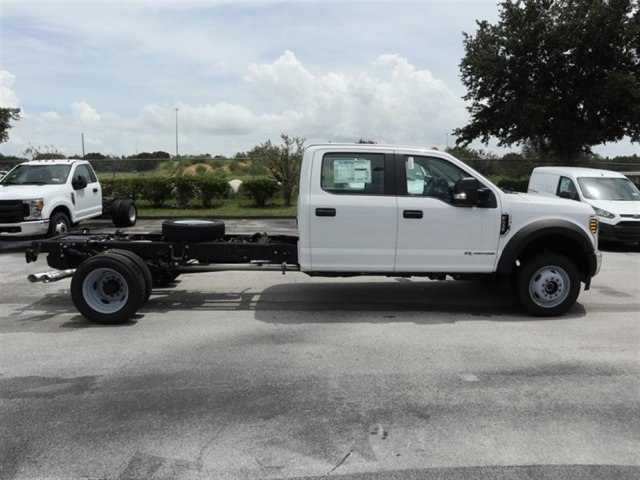 2018 F-550 Crew Cab DRW 4x4,  Cab Chassis #19321 - photo 3
