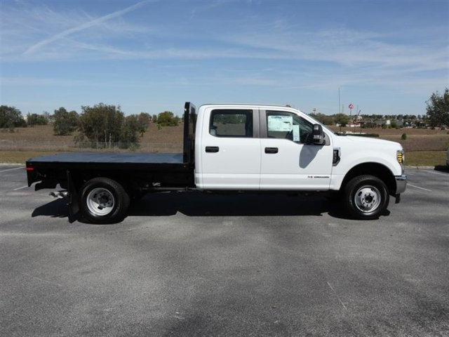 2018 F-350 Crew Cab DRW 4x4, Platform Body #19344 - photo 3