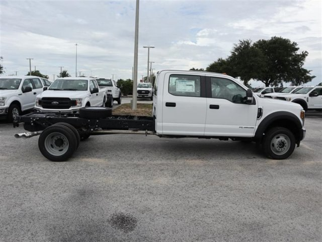 2018 F-450 Crew Cab DRW 4x4,  Cab Chassis #19346 - photo 3