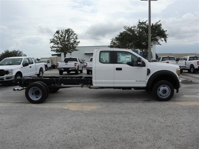 2018 F-450 Super Cab DRW 4x4,  Cab Chassis #19595 - photo 3