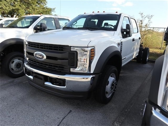 2019 F-450 Crew Cab DRW 4x4,  Cab Chassis #20341 - photo 4