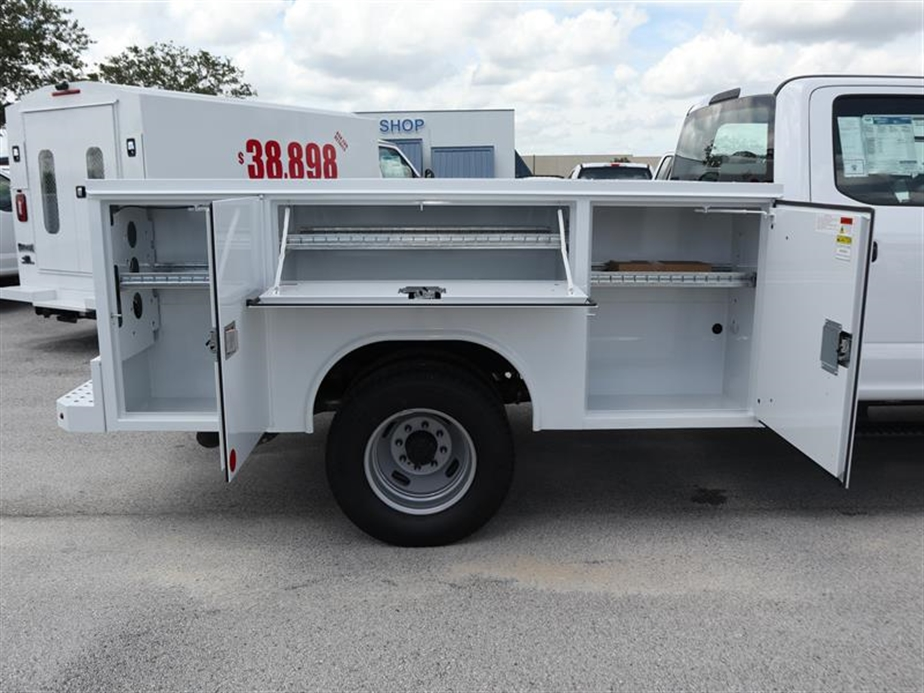 2018 F-350 Crew Cab DRW 4x4,  Reading Service Body #20433 - photo 5