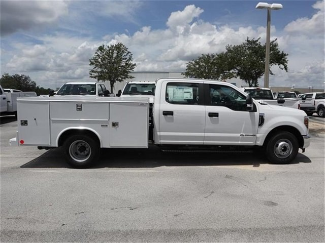 2018 F-350 Crew Cab DRW 4x2,  Reading Service Body #20434 - photo 3