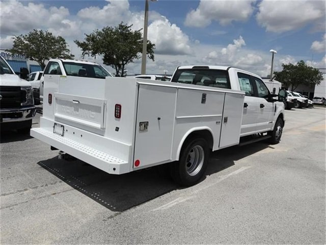 2018 F-350 Crew Cab DRW 4x2,  Reading Service Body #20434 - photo 2