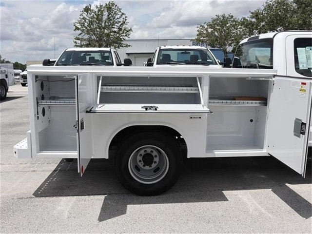 2018 F-350 Crew Cab DRW 4x2,  Reading Service Body #20434 - photo 5