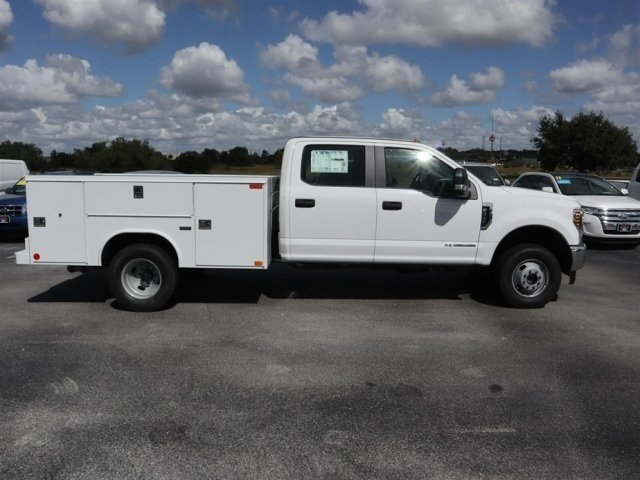 2019 F-350 Crew Cab DRW 4x4,  Reading Service Body #20449 - photo 3