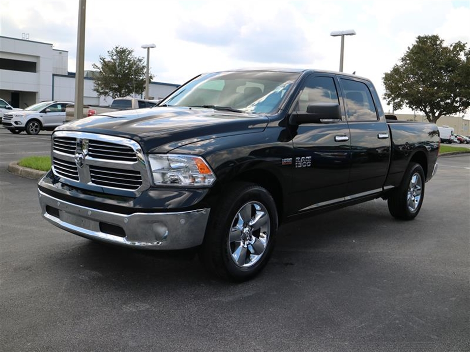 2017 Ram 1500 Crew Cab Pickup #P17159 - photo 4